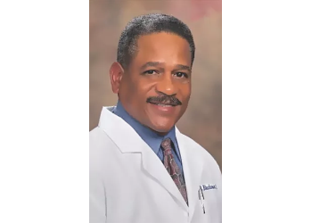 Moreno Valley cosmetic dentist Dr. Lawrence Blackmon, DDS