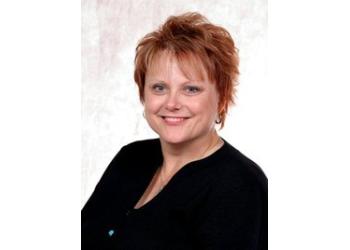 Columbia pediatric optometrist Dr. Lee Ann Barrett, OD