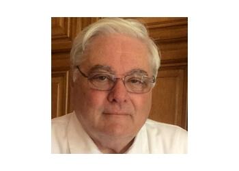 Santa Clarita eye doctor Dr. Leonard Forbes, OD