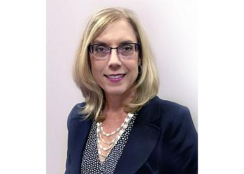 Overland Park eye doctor Dr. Leslie Gregor, OD