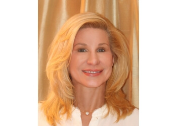 West Palm Beach psychologist Dr. Leslie Zebel, Ph.D, LMHC, LCAP