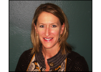 Long Beach eye doctor Dr. Lisa A. Hopkins, OD