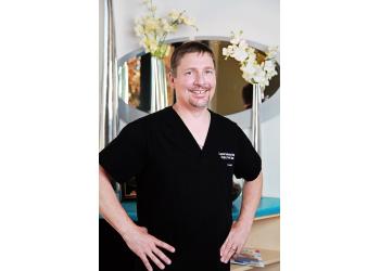 Gilbert dentist Dr. Lonnie Eckman, DMD