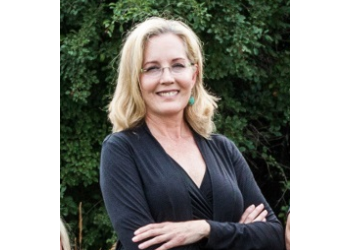 Sioux Falls cosmetic dentist Dr. Lori L. Melemseter, DDS