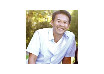 Dr. Lucio H. Kim, DDS Glendale Cosmetic Dentists