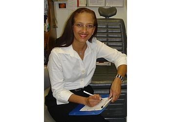 Long Beach eye doctor Dr. Luelinda Tomlin, OD