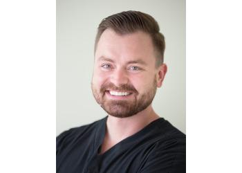 Overland Park dentist Dr. Luke Wolniak, DDS