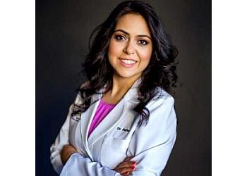 Sacramento dentist Dr. Maha Almusawi, DDS