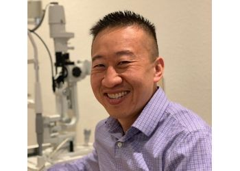Thousand Oaks pediatric optometrist Dr. Mann Trinh, OD, FAAO