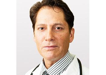 El Paso pain management doctor Manouchehr Refaeian, MD