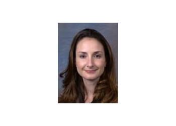 Dr. Marcia Oliveira, MD