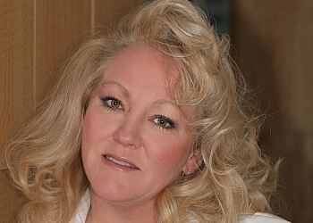 Chicago cosmetic dentist Dr. Margaret M. Mitchell, DDS