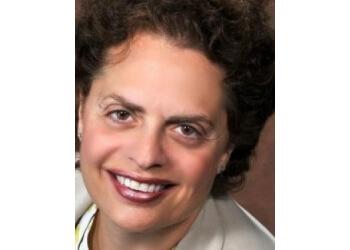 Warren dentist Dr. Maria E. Manzor, DDS