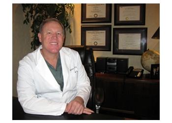 Amarillo podiatrist Dr. Mark D. Cettie, DPM