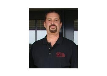 Tulsa physical therapist Mark Hobbs, RPT