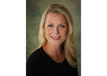 Tampa cosmetic dentist Dr. Marnie C. Bauer, DMD