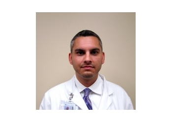 Anaheim pain management doctor Dr. Matthew Harris, MD