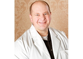 Topeka cosmetic dentist Dr. Matthew S. Fullmer, DDS
