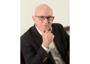 St Louis eye doctor Dr. Michael Antoine, OD
