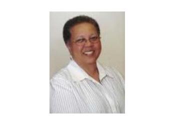 Pomona orthopedic Dr. Michelle D. Ward, MD