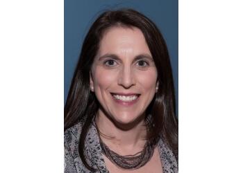 Warren dentist Dr. Michelle Rochlen, DDS