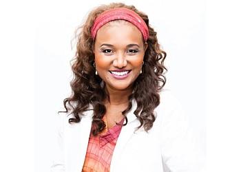 Sacramento cosmetic dentist Dr. Monica Crooks, DDS