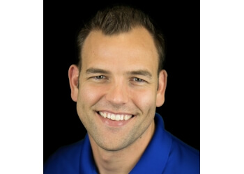 Glendale cosmetic dentist Dr. Nathan Tenney, DDS