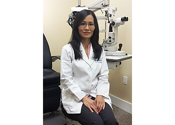 Arlington pediatric optometrist Dr. Nga Vu-Tran, OD