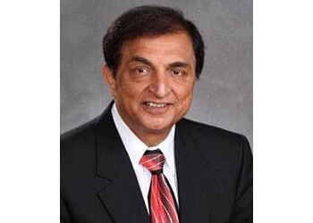 Elgin ent doctor Dr. Nikhil Bhatt, MD