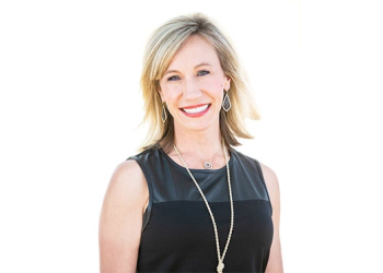 Fort Worth cosmetic dentist Dr. Nikki Green, DDS, FWCFD