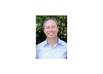 Ontario orthodontist Dr. Oscar Esparza, DDS