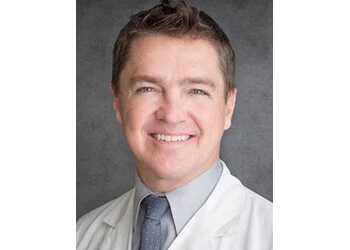 Knoxville cosmetic dentist Dr. Pablo Foncea, DDS