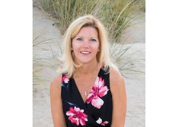 Virginia Beach cosmetic dentist Paige Downs, DMD - DOWNS DENTAL CARE