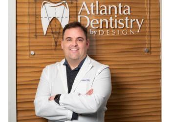 Atlanta cosmetic dentist Dr. Paul Freeman, DDS
