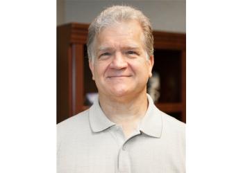 Arlington chiropractor Dr. Peter McRee, DC
