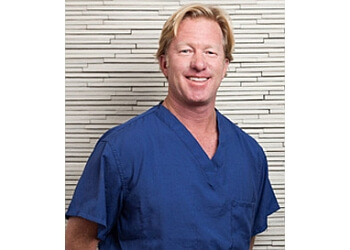 Torrance orthopedic Dr. Peter S. Borden, MD