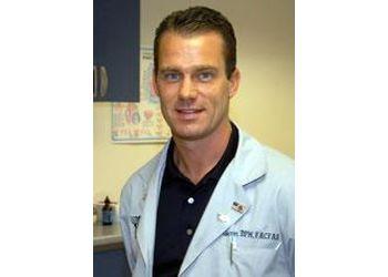 Alexandria podiatrist Dr. Philip P. Garrett, DPM, FACFAS - Landmark Foot and Ankle Center
