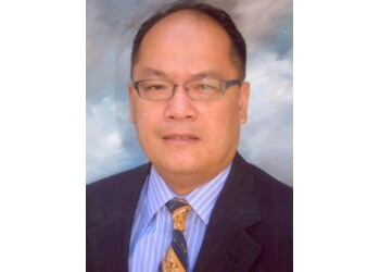 Garden Grove pain management doctor Phong Vu, MD