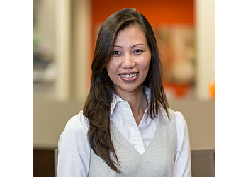 Huntington Beach eye doctor Dr. Quyen La, OD