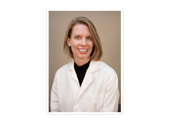 Aurora pain management doctor Dr. Rachel Brakke, MD