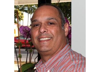 Miami cosmetic dentist Dr. Ramon Bana, DDS