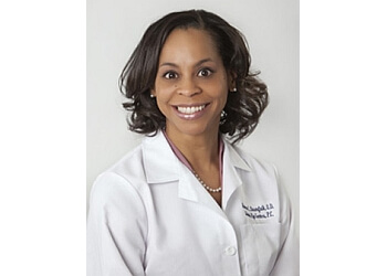 Kansas City eye doctor Dr. Ramona Baumfalk, OD