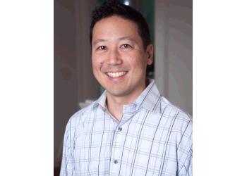 Honolulu eye doctor Dr. Reid K. Saito, OD