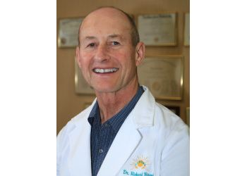 Oxnard endocrinologist Dr. Richard D. Brand, MD