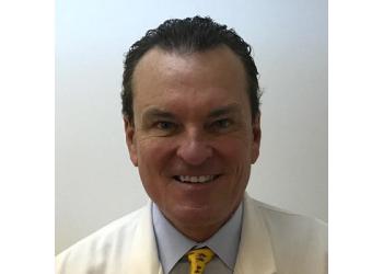 Akron pediatric optometrist Dr. Richard E. Hults, OD - Dr. Richard E. Hults & Associates, Inc.