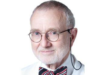 Chicago cardiologist Richardo Davison, MD