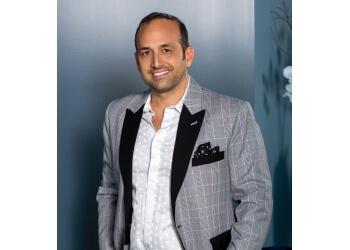 Scottsdale cosmetic dentist Dr. Rick Kariotoglou, DDS