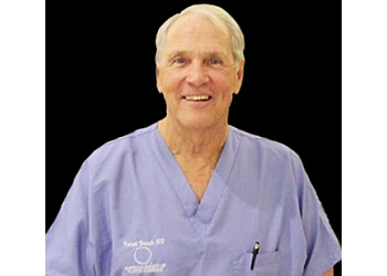 Cape Coral plastic surgeon Dr. Robert J. Brueck, MD, FACS