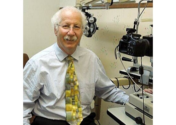 Oceanside pediatric optometrist Dr. Robert Ring, OD