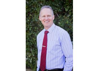 Santa Rosa dentist Dr. Robert W Erlach, DDS